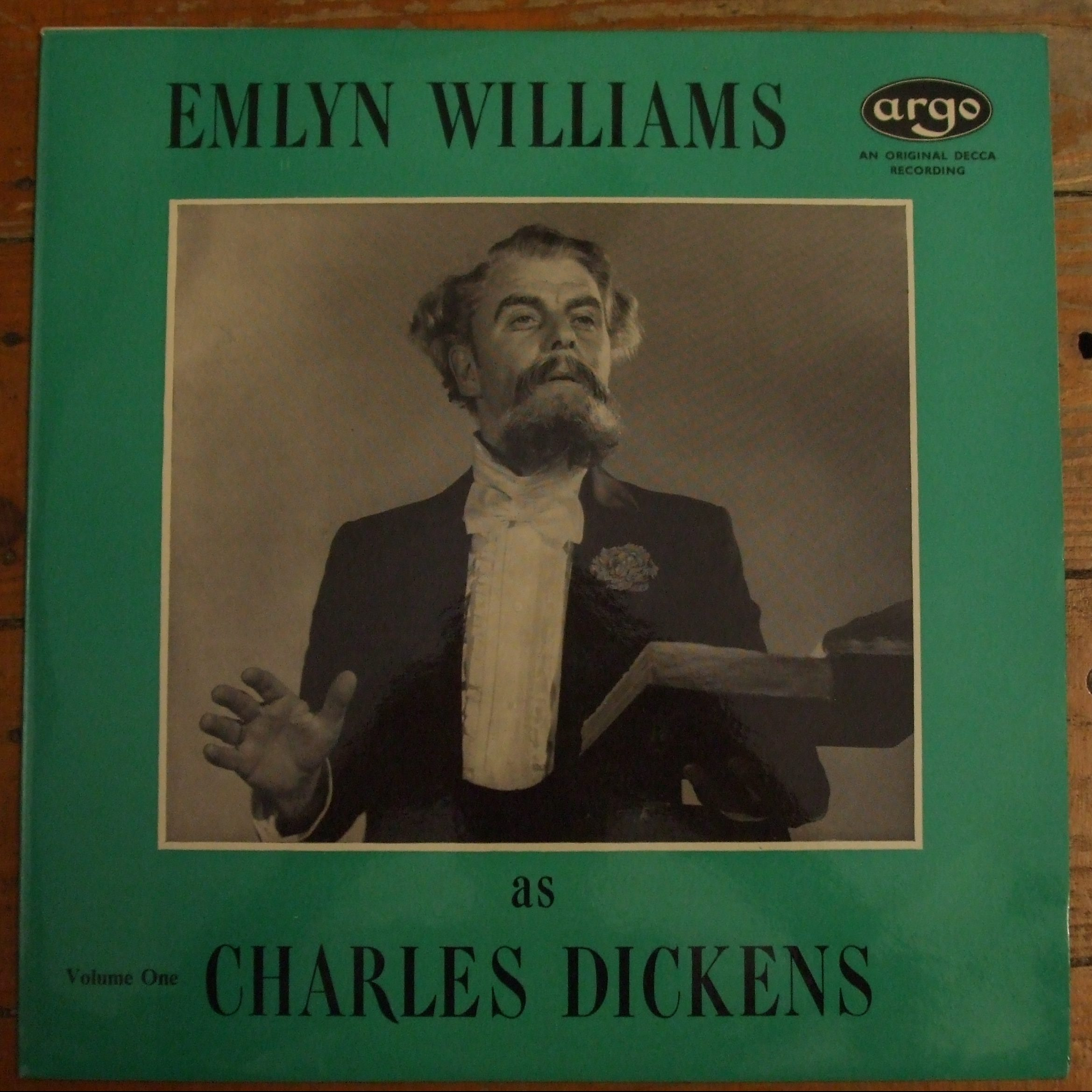 RG 231 Emlyn Williams as Charles Dickens Volume One