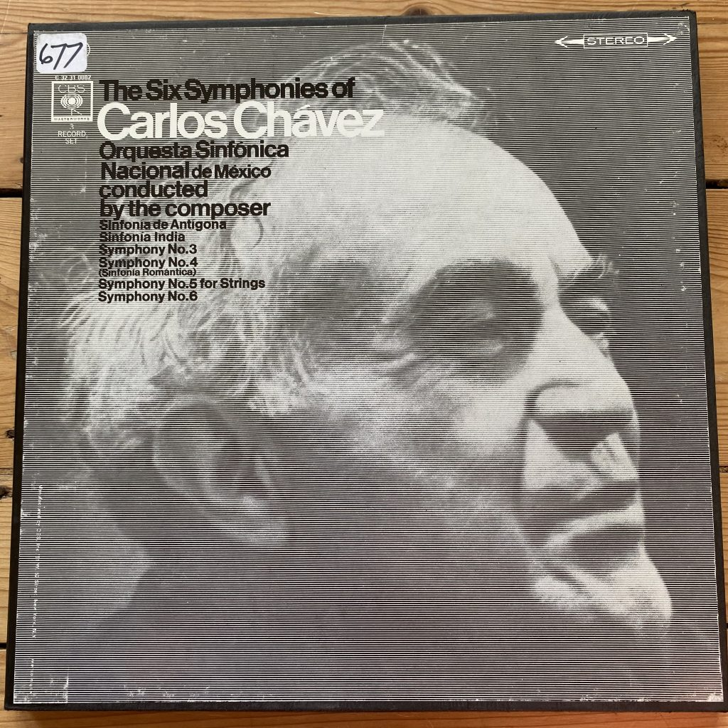 C 32 31 0002 The Six Symphonies of Carlos Chavez 3 LP box